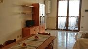 Cucina - Salotto - Divano - Trilocale Marina 3/A